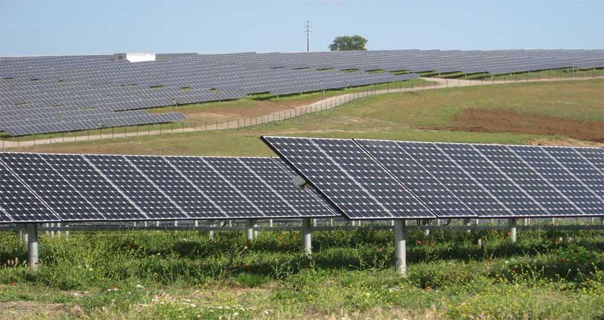 Hooper-Solar-PV-power-Plant-in-Colorado