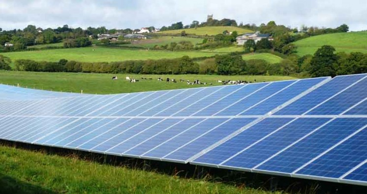 Gloucestershire Solar Plant Faces Critical Protest, Mammoth Project Halts