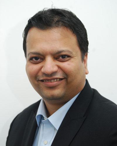 Hiten Parekh Vice President at Waaree Energies