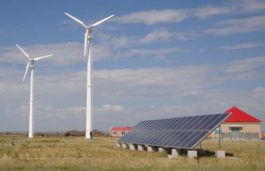 Gujarat Government to announce Solar-Wind Hybrid Policy 2017