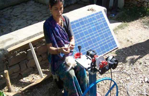 KVIC Created Job Opportunities In Varanasi Through Solar Charkhas