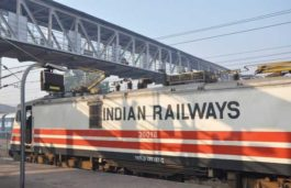 Indian Railways to Add 1000 MW of Solar Power, 200 MW of Wind Energy: Suresh Prabhu