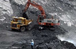 Major mining companies are seeking to use more renewable energy themselves as they struggle to drive down costs