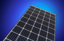 REC Group Begins Production of New 50-Cell Mono Solar Panel