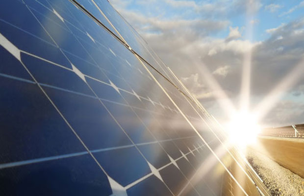 Orange Renewable Commissions 140MW Solar Power Projects in Gujarat and Maharashtra