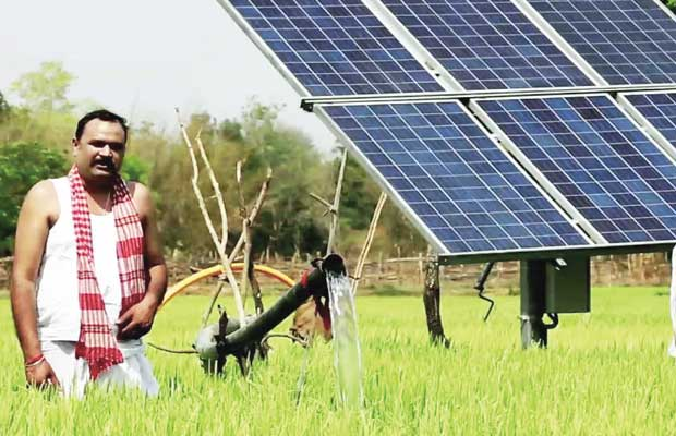 solar RO water plant