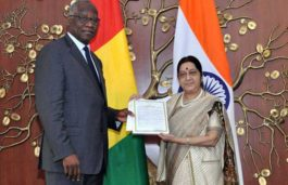 Sushma Swaraj Holds Talks with Guinea's Foreign Minister, Welcomes ISA Ratification