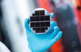Fraunhofer ISE, EVG Develop New Solar Cell to Convert 1/3 Sunlight into Power