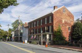 Village of New Maryland Installs Clear Blue Technologies' Solar Powered Streetlights