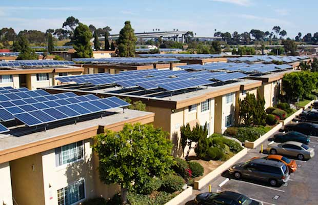 California Becomes 1st State to Mandate Solar for All New Homes