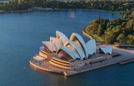 Iconic Sydney Opera House Chooses Solar, Wind Energy