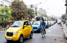 4 Lakh EVs in India, Half of Them in Delhi & UP: Nitin Gadkari