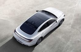 Hyundai Launches Sonata Hybrid with Solar Roof System