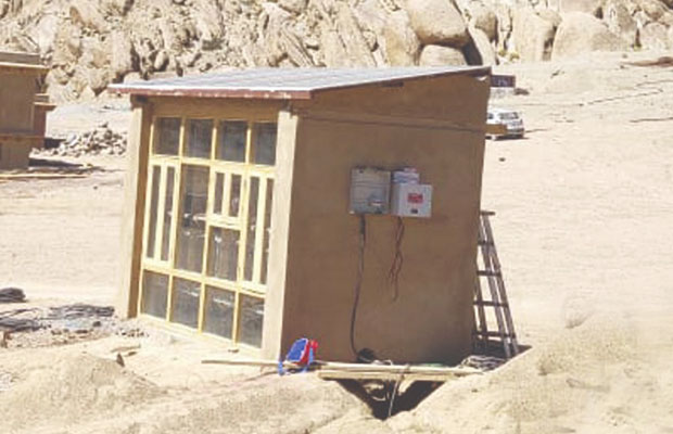 Visaka Industries, Sonam Wangchuk Join Hands for Solar Roofing Pilot Project in Ladakh
