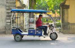 Indian E-Rickshaw Market to Expand to $1.39 Billion by 2025: Report