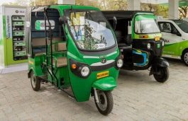 CRISIL Backs 3-Wheelers, Two Wheelers to Lead EV Charge