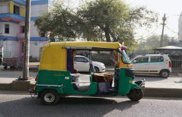Andhra Govt has Plans in Place to fit Electric Batteries in Autos