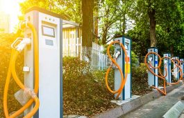UNEP, Tata Power and Central Railway Partners to Launch EV Charging Points