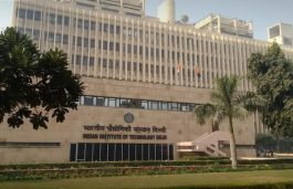 IIT Delhi Halves Carbon Footprint With 4.7 MW Green Energy Capacity