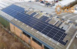Solis Delivers 110kW Inverters for Installing Rooftops to a UK Manufacturer